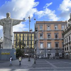 Fastweb-Piazza_Dante-Napoli