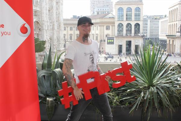 Vodafone_Firsts_J-Ax