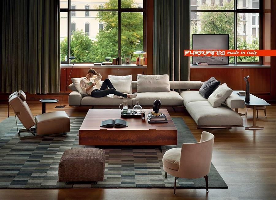 Flexform presenta il divano Wing con la campagna firmata da Natalia Corbetta ...