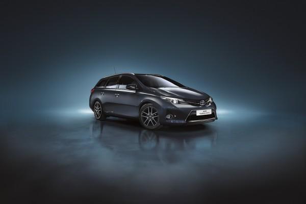 Auris-Toyota