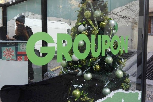Regali Di Natale Groupon.Groupon Display Affiliation E Facebook Ads Per Una Comunicazione