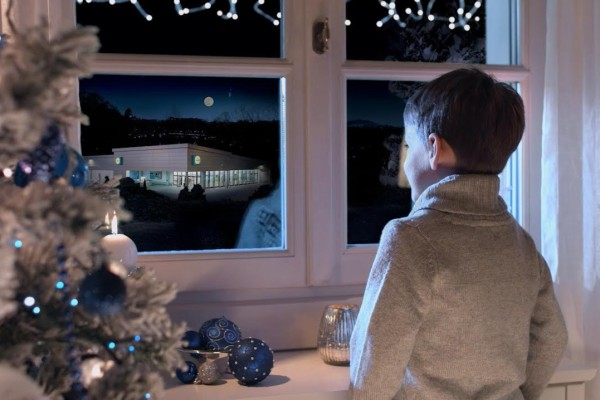 Lidl-Deluxe-Spot-Natale2015