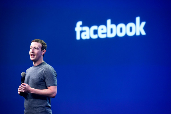 F8-Facebook-2016-Zuckerberg
