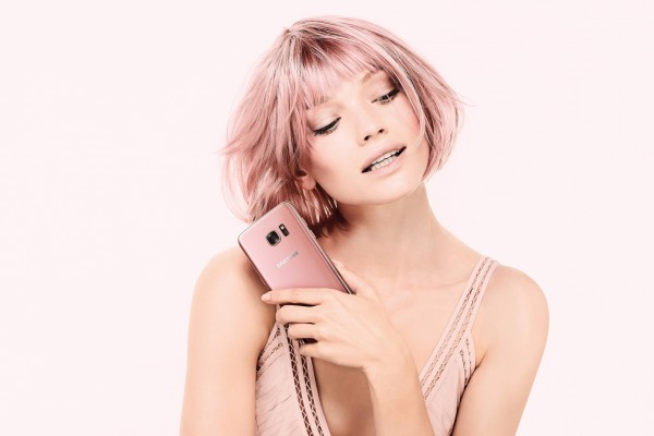 Samsung Galaxy S7 edge Pink Female
