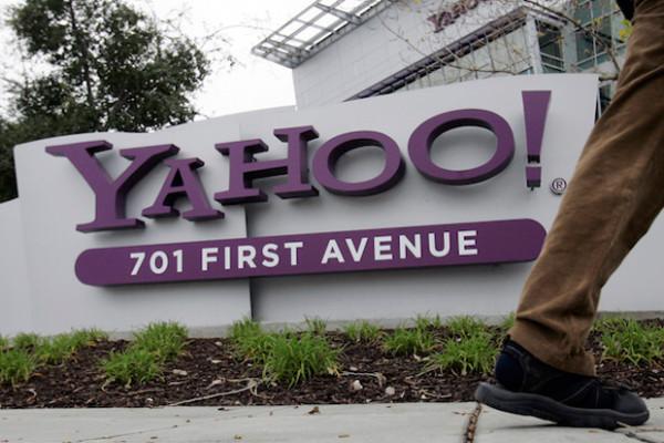 Yahoo: utile sopra attese ma ricavi giù. Occhi su Verizon