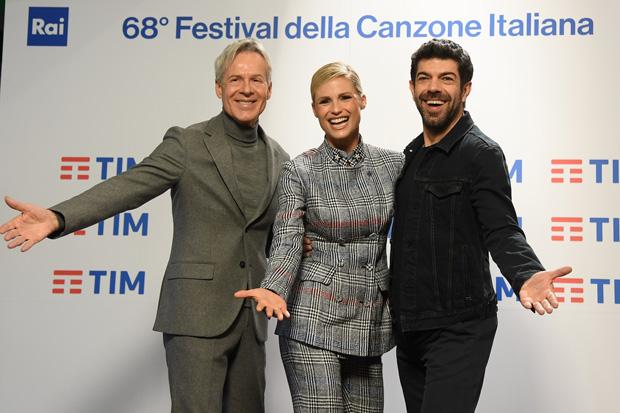 I tre conduttori di Sanremo 2018: Baglioni, Hunziker, Favino