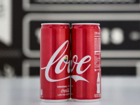 Milano-Pride-Coca-cola