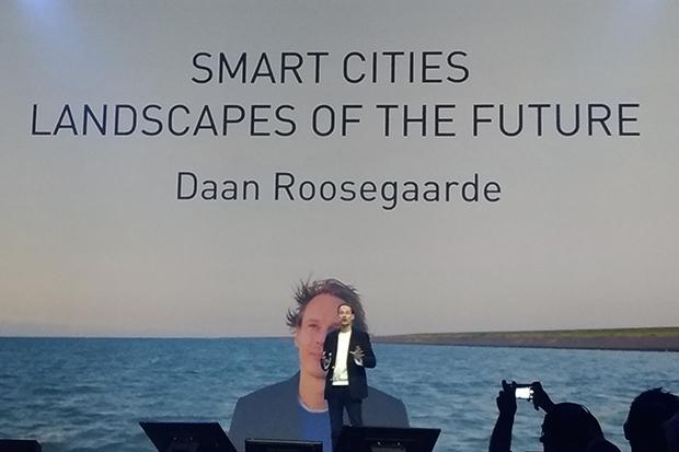 Dean-Roosegaarde-Iab-Forum
