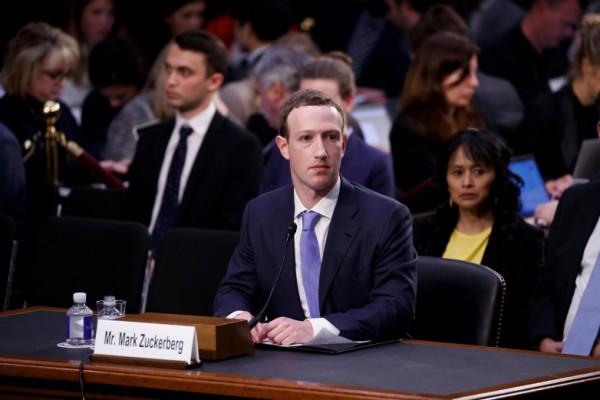 mark zuckerberg-facebook