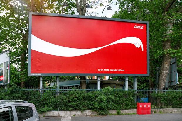 Coca-Cola-The-Sign