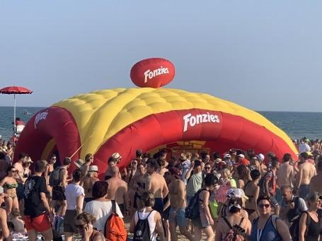 fonzies-jova-beach-party