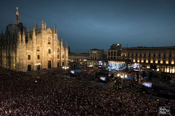 Radio-Italia-rilive-Piazza-Milano