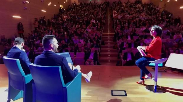 Andrea Redaelli e Massimiliano Trisolino sul palcoscenico con Alessandra Rosa