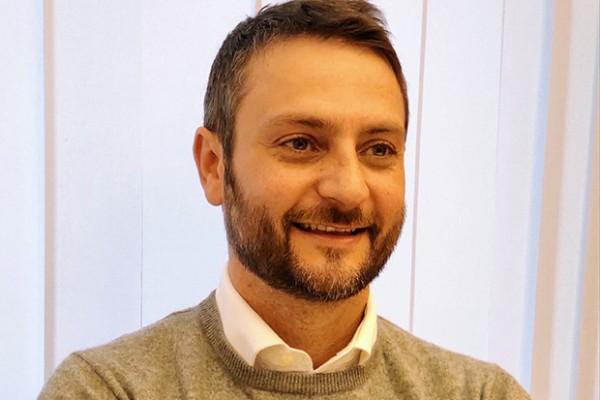 Giuseppe Vetro di ON2OFF
