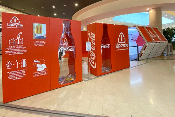 Coca-Cola-Upcycle-a-Serravalle-1