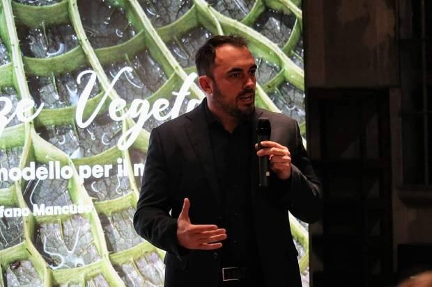 Giorgio Mennella a Intelligenze Vegetali