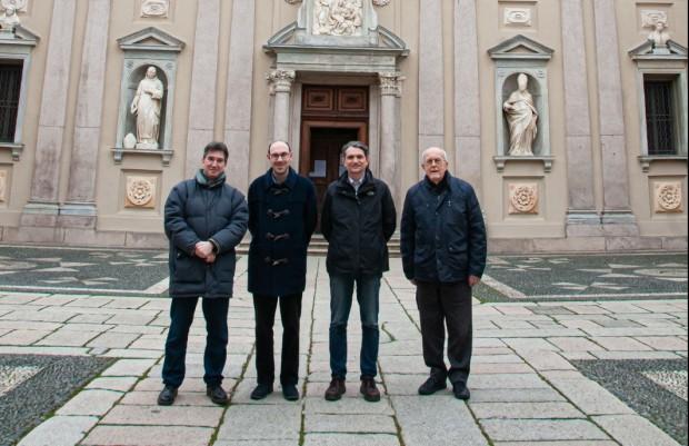 Da sinistra: Marco Stucchi, don Stefano, Michele Berra e don Michele